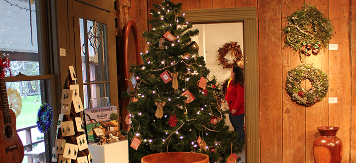 Christmas in the Country and the 17th Annual Wreath Exhibition